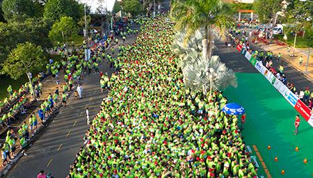 marathon hau giang.jpg