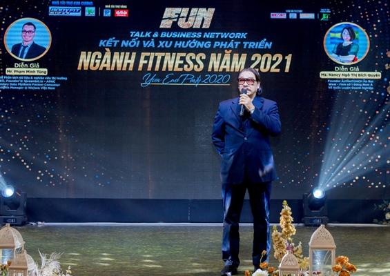 Ông Nguyễn Hồng Minh - PCT Liên đoàn Cử tạ Thể hình Việt Nam.trao đổi về lịch sử và xu hướng phát triển của Gym và Fitnessjpg